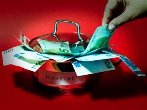 Jobcenter stopfen mit Hartz IV Geldern eigene Finanzlöcher