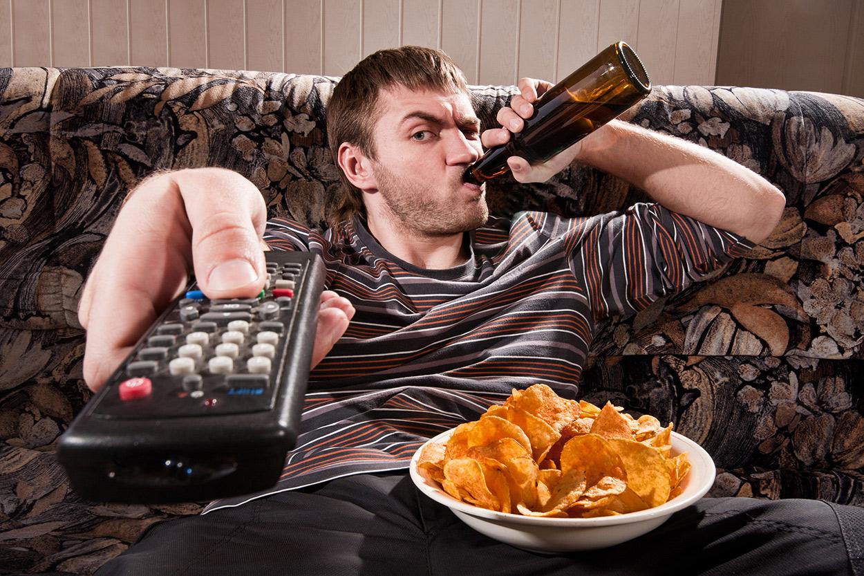 Faul Sofa Hartz4 Chips Bier Mann