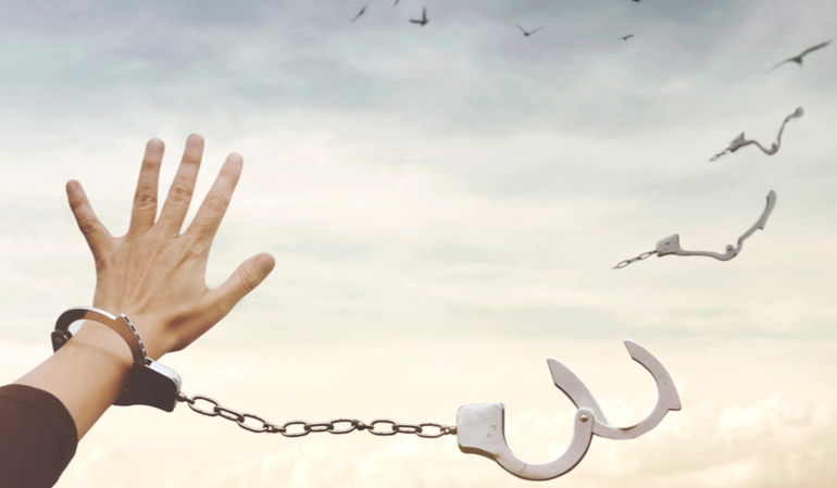 Zerbrochene Handschellen