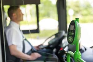 Bus und Busfahrer